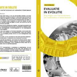 "<a href=""https://e-mensenwerk.be/product/evaluatie-in-evolutie/"">Evaluatie in evolutie</a>"